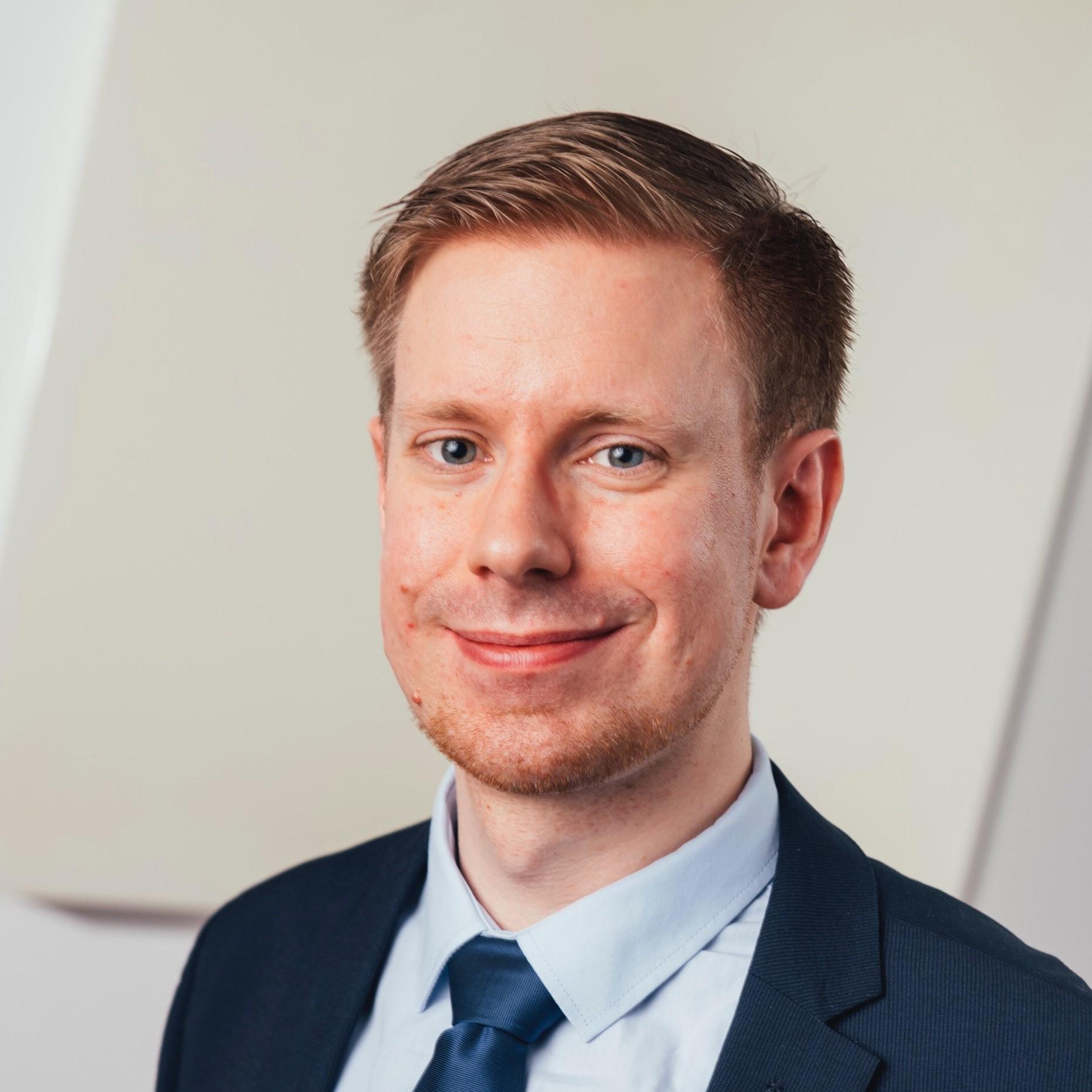 Dr. Christopher Grossert